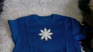 Oberstaller Miriam - selbst entworfene T-Shirts und Holzsachen